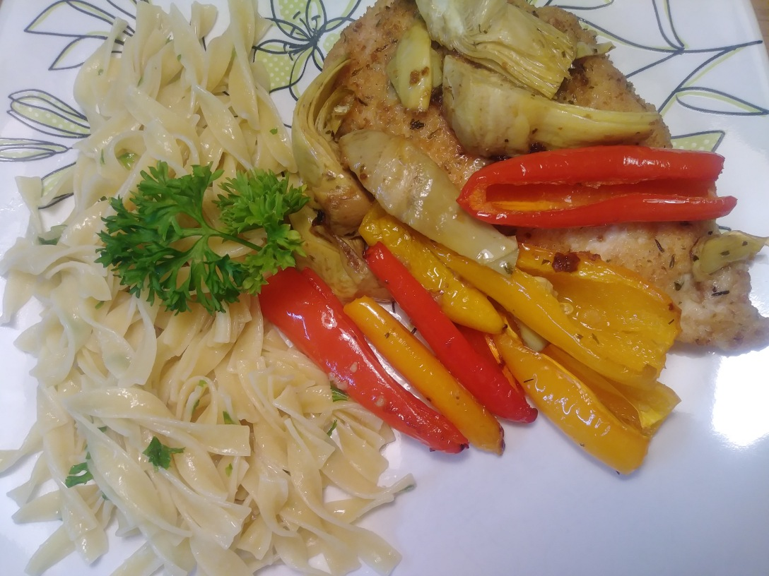 Chicken with mini peppers and artichokes in white wine marinade